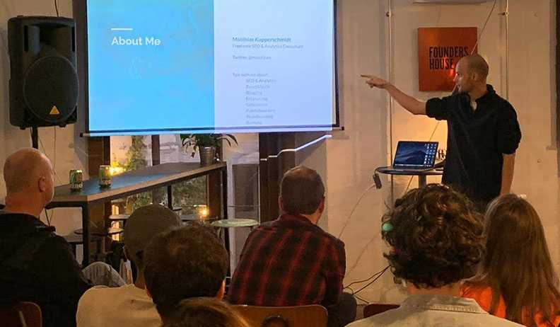 Google Tag Manager freelance consultant Matthias Kupperschmidt presenting at Founders House, October 2019